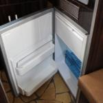 65ℓのコンプレッサー冷蔵庫。お酒もよく冷えます!