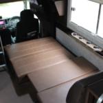 リビングシートはベット展開が可能です。