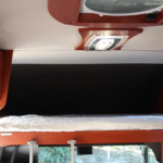 運転席上部のバンクベット