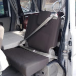 Three points seat belt and child seat available